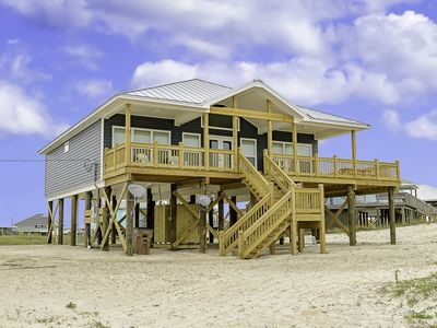 """Photo for """"Barefoot Sands"""" - 4 Bedrooms 2 Bathrooms - Just Steps from the Beach!"""