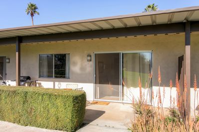 Welcome to your Cali home-away-from-home that sleeps up to 4!