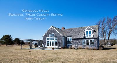 Photo for COUNTRY RESIDENCE WITH 4 STALL HORSE BARN