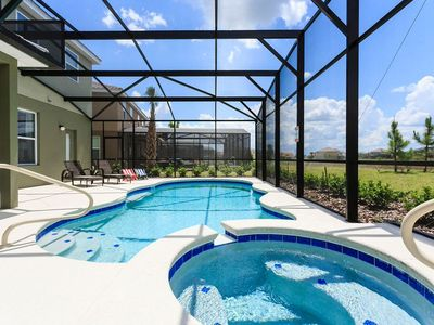 Photo for Amazing 5 bedroom Located in Solterra Resort