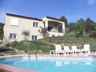 Photo for Top Villa with pool, backed by the Verdon Gorges, up to 8 people