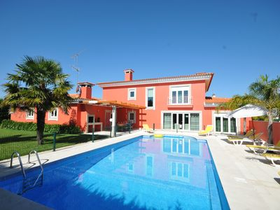 Photo for 5 bedroom Villa, sleeps 11 in Esposende with Pool, Air Con and WiFi