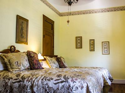 Photo for Cheery, comfortable room with two beds overlooking the Granbury Square!
