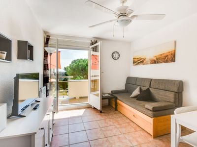 Photo for Apartment Côte d'Azur in Bormes-les-Mimosas - 4 persons, 2 bedrooms