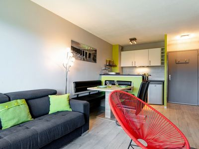 Photo for Nice apartment for 4 people with pool, TV, balcony and parking