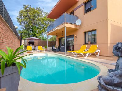 Photo for Club Villamar - Villa for 8 persons with private pool, a large terrace and beautiful view!