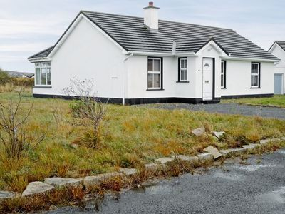 Photo for 3 bedroom property in Carraroe.