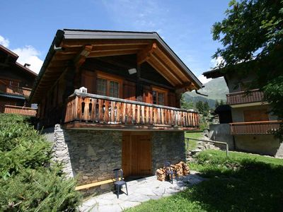 Photo for Cosy individual chalet in a quiet region close to the sport center of Verbier, 2 minutes away from a