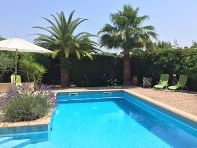 Photo for Modern villa of 185 m2, large garden and swimming pool not overlooked, south facing