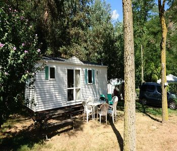 Photo for Camping du Viaduc ** - Cottage O'Hara 3 Rooms 4 People