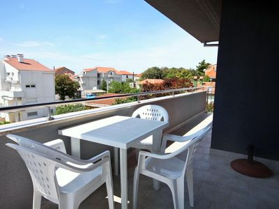 Photo for One bedroom apartment with terrace and sea view Petrčane (Zadar)