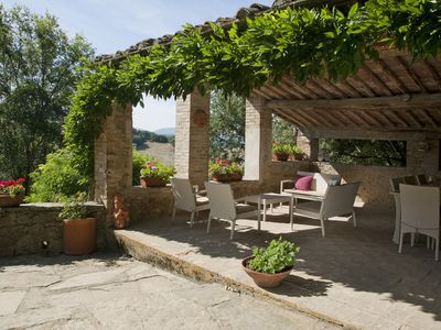Photo for Delightful 5 Bedroom Tuscan House with Pool, Modern Amenities & Stunning Views