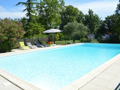 Photo for Cottage with large private pool in quiet and sunny - near Carcassonne