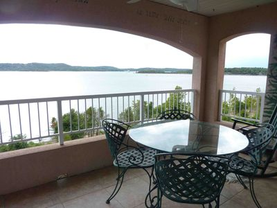 Photo for 3B/2B Table Rock Lakeside Branson Condo, stunning sunsets