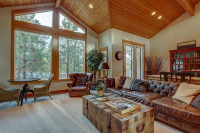 Spacious luxury awaits in Sunriver.