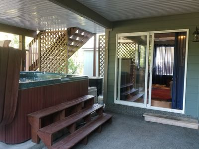 Photo for Apartment in home steps from Cowichan Bay village and oceanside!