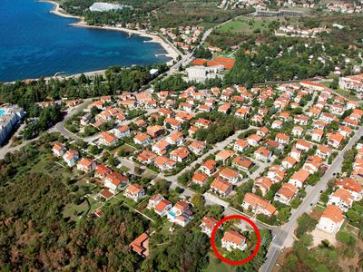 Photo for Two bedroom apartment with terrace Poreč (A-16495-a)