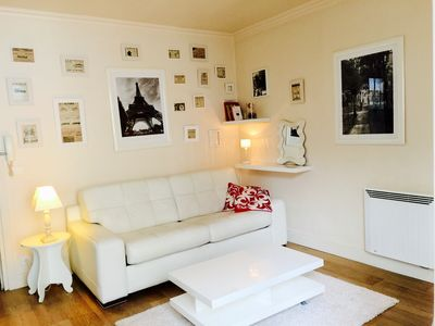 Photo for Designed studio, close to Champs-Élysées (60 m) & subway F.D Roosevelt (70 m).