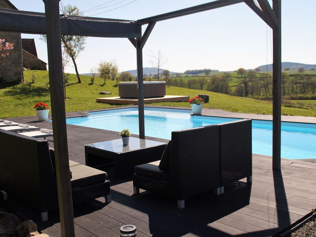 Property Image#20 Luxury Holiday House With Heated Private Pool U0026 Jacuzzi