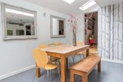 London Home 196, The Complete Guide to Renting Your Exclusive Holiday Home in London - Studio Villa, Sleeps 6