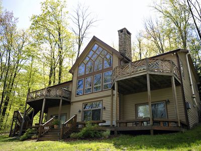 Secluded 5 Br Lakefront With Private Dock And Spa!  Minutes Away From Everything