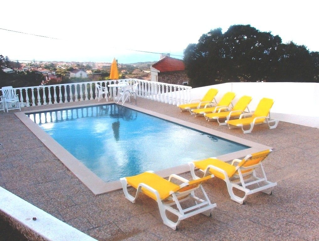 Beautiful Villa In Colares Private Swimming Pool