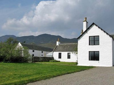Photo for 7 bedroom Cottage in Newtonmore - CA038