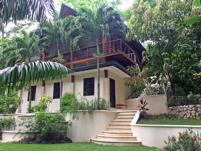 Photo for Casa Vidrio, Modern simplicity meets jungle tree house to create a tranquil living space.
