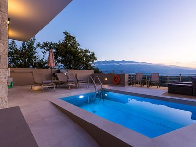 Photo for Luxury villa with private pool, located in a quiet location