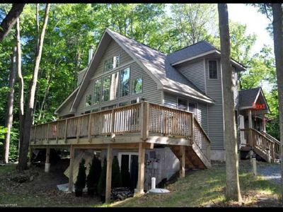 Photo for ***Secluded 3B/3B Chalet  just outside Arrowhead Lake!Private n security patrol