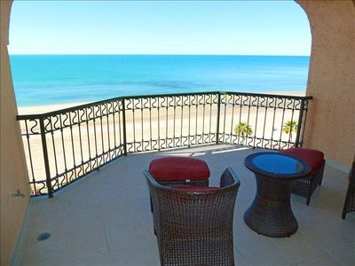 - Sonoran Sea Oceanfront Vacation Condo with Full Kitchen & Patio