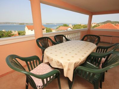 Photo for Two bedroom apartment with terrace and sea view Kraj (Pašman)