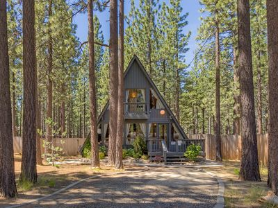 Photo for Remodeled 3BR Cabin w/ Private Hot Tub & Six-Burner Grill – Near Heavenly