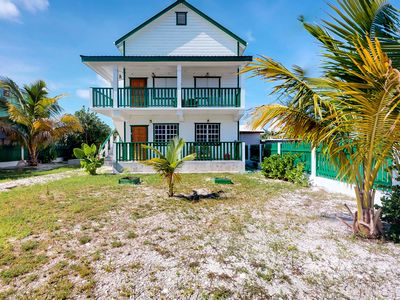 Photo for 2BR Cottage Vacation Rental in Caye Caulker, Be