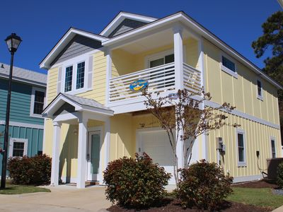 Photo for Yellow Submarine at Devonshire Place 3 Bedroom Home, Clubhouse Amenities & Near Beach Access