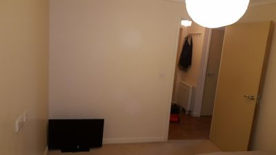 Photo for 1 BEDROOM AVAILABLE IN A 2 BED FLAT