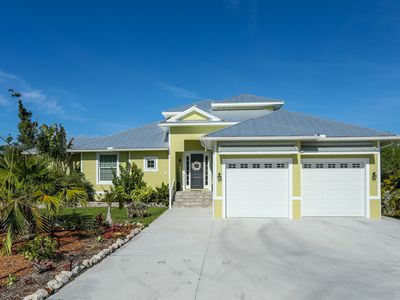 Photo for One of a Kind 3 Bedroom Pool Home Retreat With Boat Dock: Sarasota 28