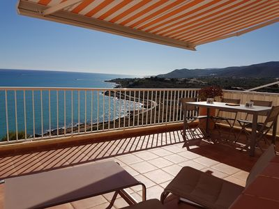 Photo for superb apartment 120 m2 not overlooked wifi air conditioning TV pool very beautiful sea view