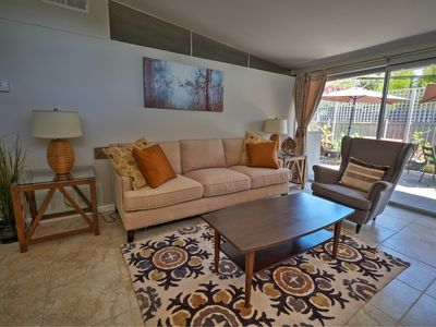 Photo for 2 bed/2 bath Updated in The Foothills