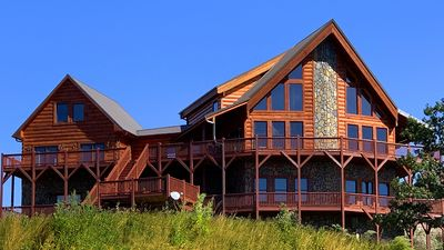 Photo for 6BR Cabin Vacation Rental in Dobson, North Carolina