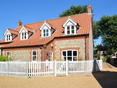 Photo for Mallard Cottage - Two Bedroom House, Sleeps 4