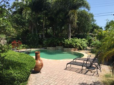 Venice Island Retreat 2BR/2BA Home With Tropical Heated Pool & Waterfall