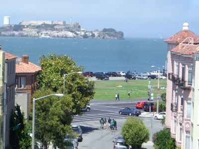 View from living room! Enjoy views of Alcatraz Island and SF Marina...beautiful!