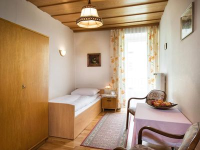 Photo for Single room with shower, WC - vicarage, guesthouse