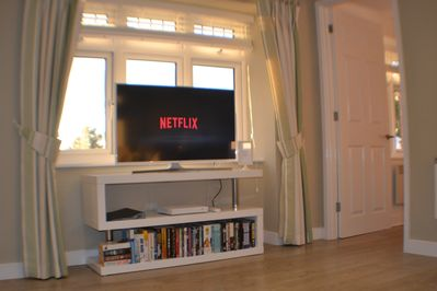 Smart TV including free-view channels and a NETFLIX account