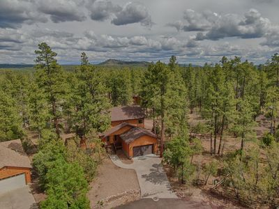 Photo for Quiet Family Cabin in The Woods - Sleeps 8