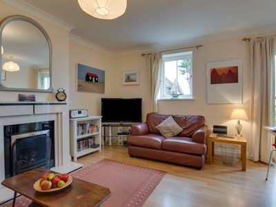 Bright Holiday Home in Whitstable near Seabeach and City Centre