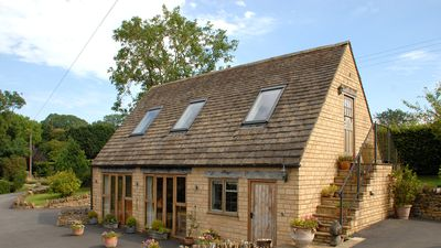 Photo for Your country cottage in The Cotswolds: snug in Winter, light & airy in summer.