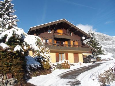 Photo for Spacious family chalet with 7 bedrooms for 14-20, games room, wifi...
