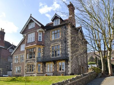 Photo for 2 bedroom property in Malvern. Pet friendly.